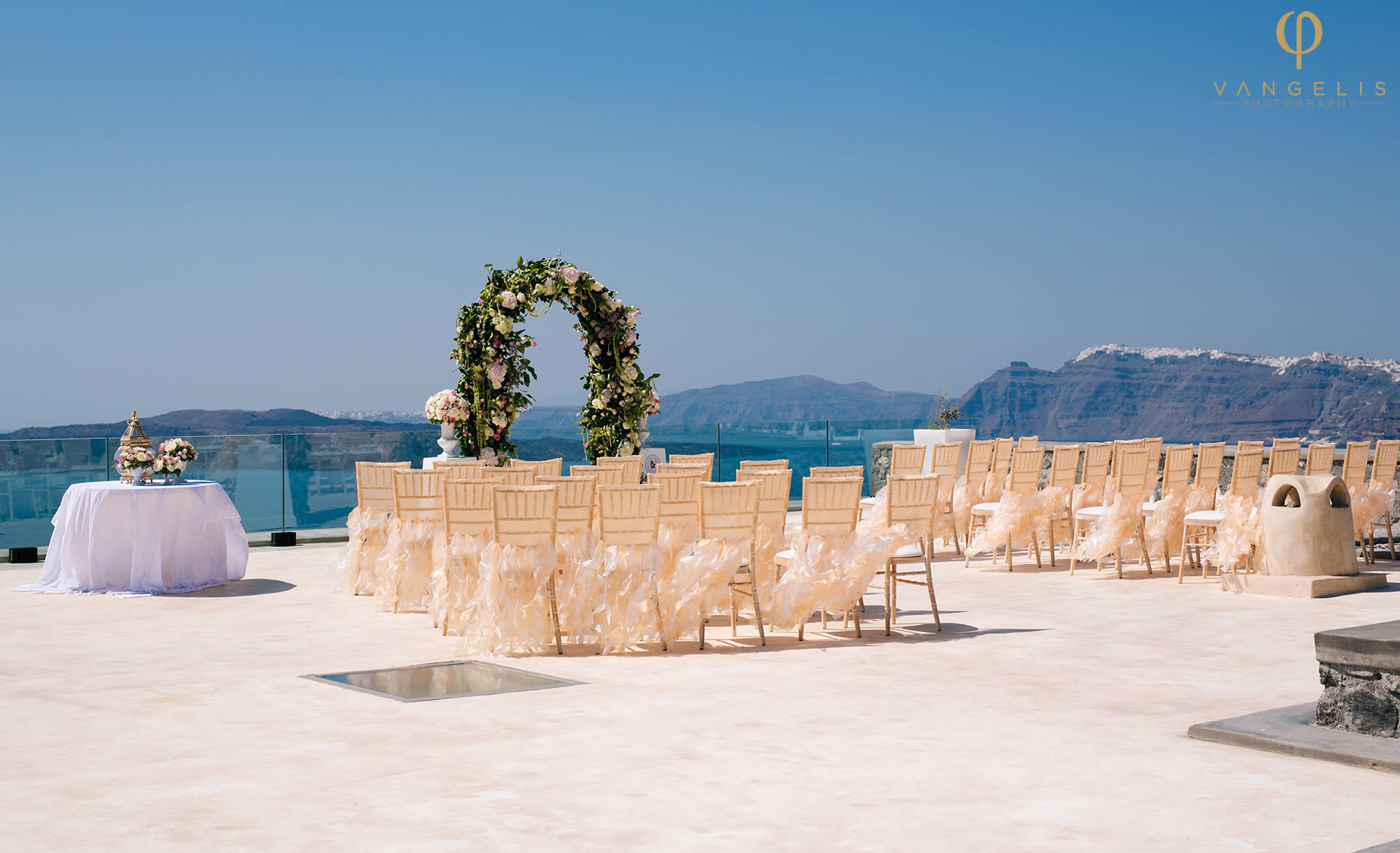 Wedding in Greece - Wedding Decoration in Greece - Wedding Style